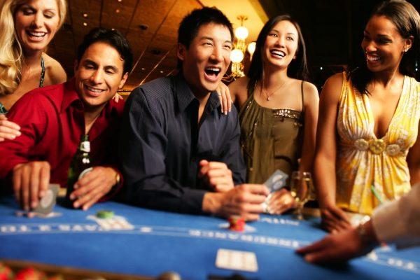 ポーカーゲームを改善する方法