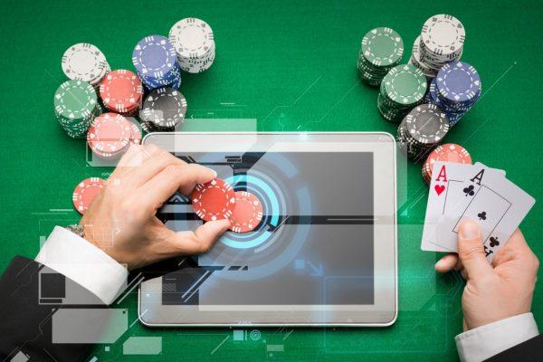 注意してオンラインギャンブルをする手順