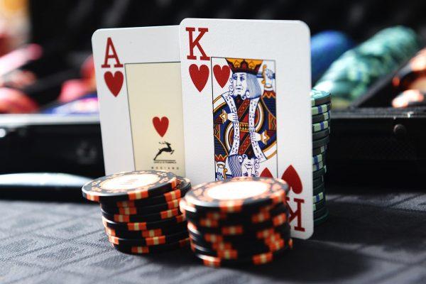 カジノでブラックジャックをプレイする方法