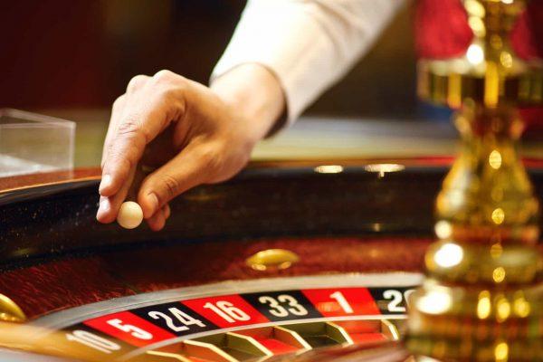 カジノでルーレットをプレイする方法は?